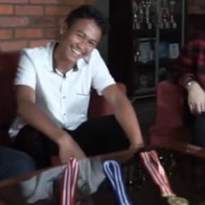 Sukma Galuh Prasetyo atlet muda berprestasi dengan 105 medali! thumbnail