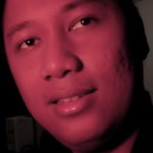 Cari tahu jenis-jenis kuntilanak bareng YouTuber horor EwingHD thumbnail
