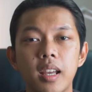 Lama vakum dari dunia YouTube, Bayu Skak akhirnya unggah konten baru! thumbnail