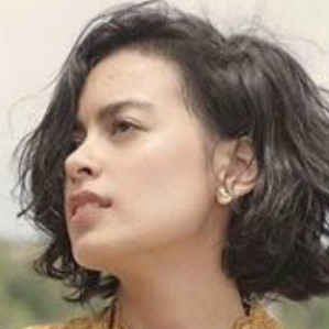 Rilis 'Kala Senja', Eva Celia kolaborasi dengan drummer John Mayer thumbnail
