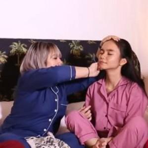 Sleepover: Sandra Samsolese lakukan skincare ke Lulu Anggriani thumbnail